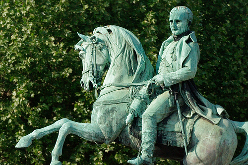 ナポレオンの銅像